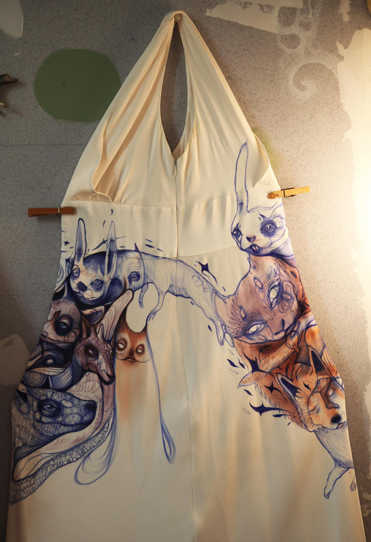 dress side view by StefanThompson