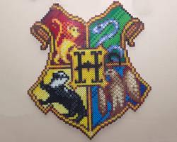 Perler: Hogwarts Crest by AmayaMarieSuta