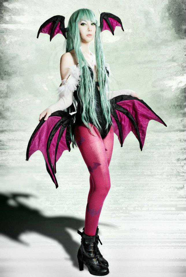 Morrigan Aensland Cosplay by Mana93