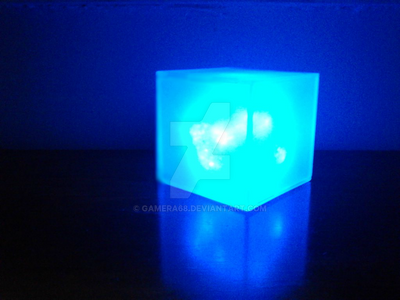 The Avengers Tesseract / Cosmic Cube Custom Prop by gamera68