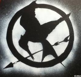 Mockingjay Stencil Tribute by elninja