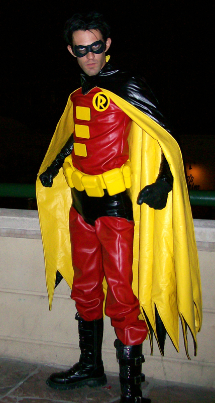 Robin Tim Drake Costume Pic 3 by ~Da-BEv on deviantART