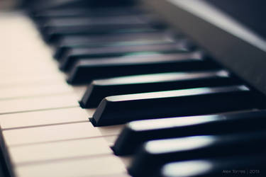 Piano by alex-torres