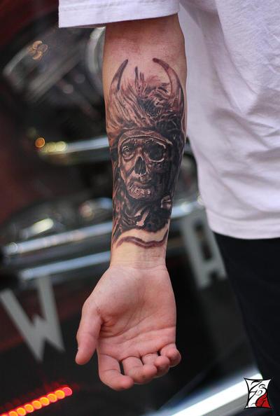 Warrior-Half-Skull by Zsil-works