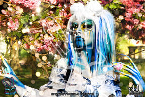 SHOOT II WITH SYNESTHESIA AMANDA by UnderBlueLights