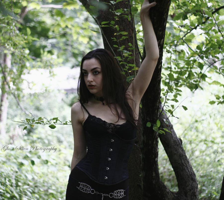 Dark and Somber by TheGhostSiren