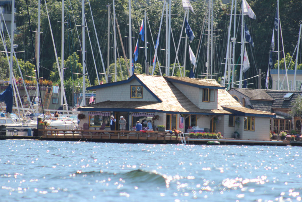 Sleepless In Seattle Houseboat By Eillahwolf On Deviantart
