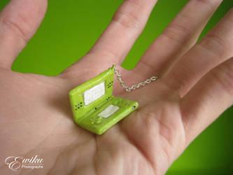 Mini Nintendo DS Keychain by ewiku