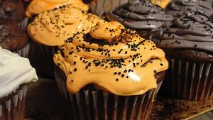 Halloween Themed Cupcakes by Sleepy-Stardust