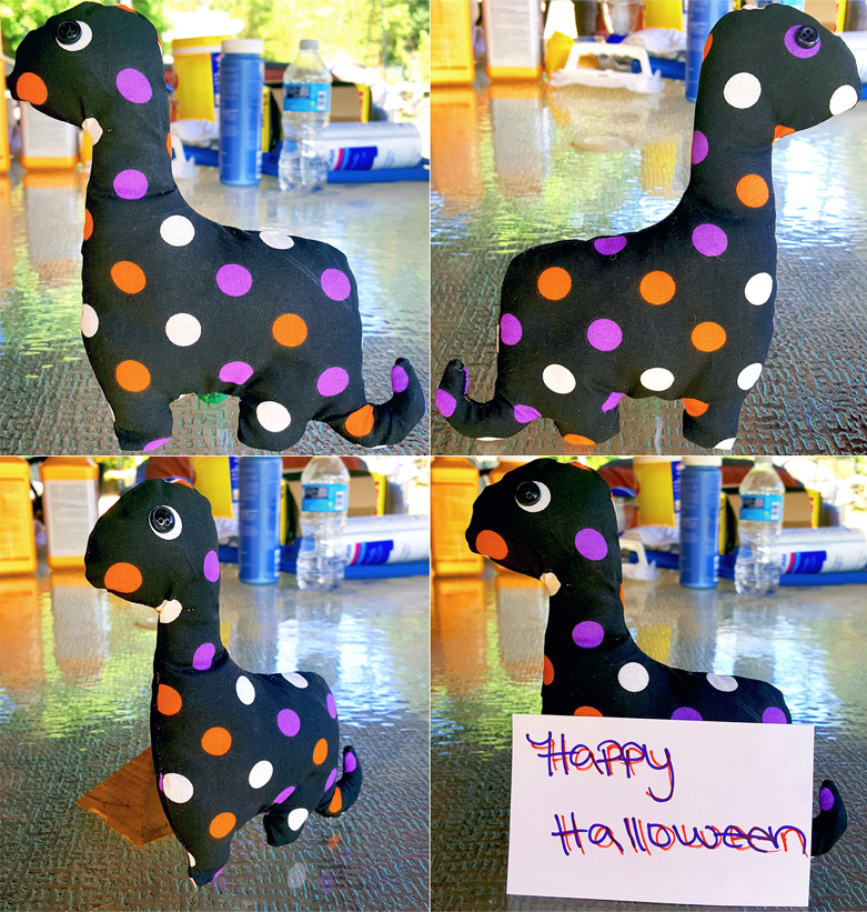 Plushie Halloween Dino - GIVEAWAY (WINNER) by CupcakeyKitten