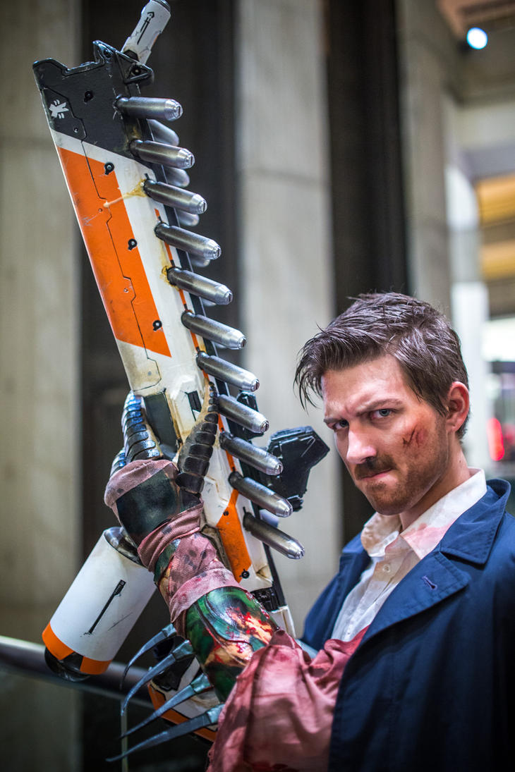 Wikus van der Merwe 2015 Cosplay at DragonCon by Techta