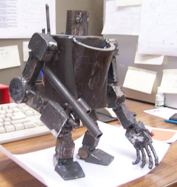 scrap steel robot by edstuff