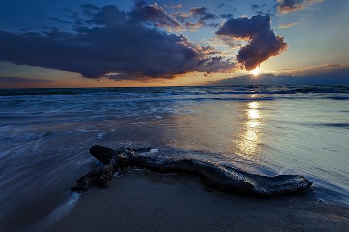 Last Light by Dave-Derbis