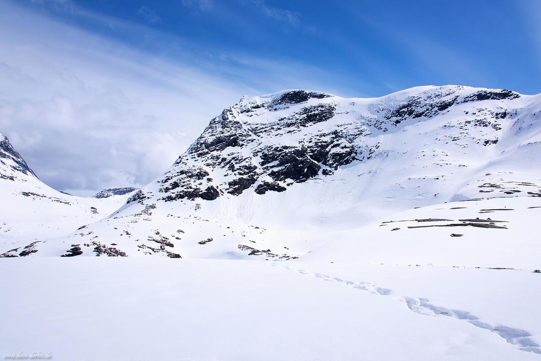 Bjorstadfjellet by Dave-Derbis