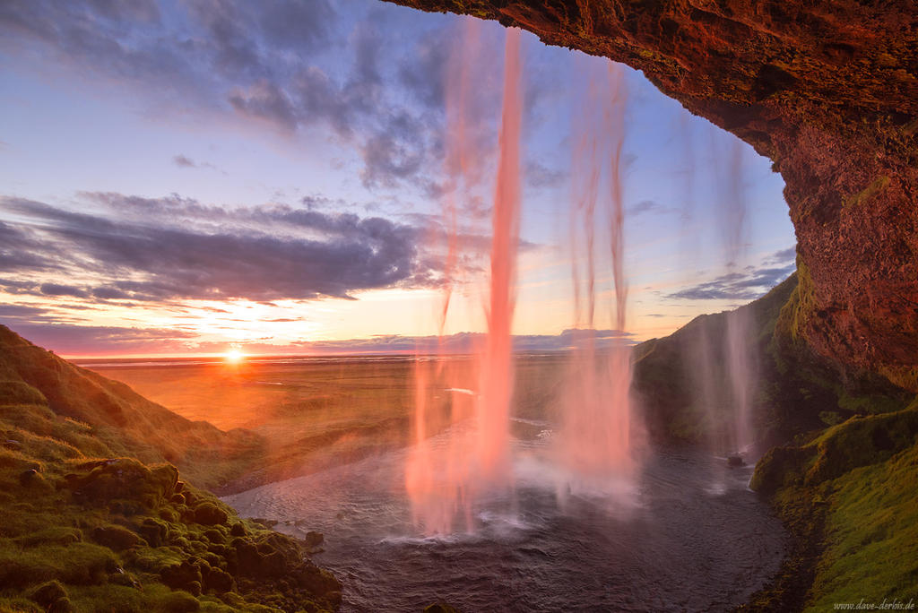 Seljalandfoss Sun by Dave-Derbis