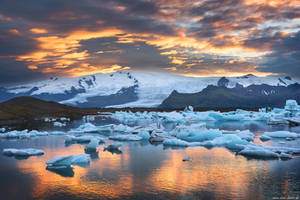 Joekulsarlon Sunset by Dave-Derbis