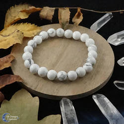 Crystal bracelet, Howlite beaded bracelet by Nyjama