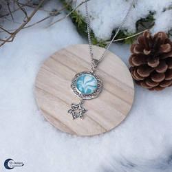 Snowflake necklace aqua bleu - fantasy jewelry by Nyjama