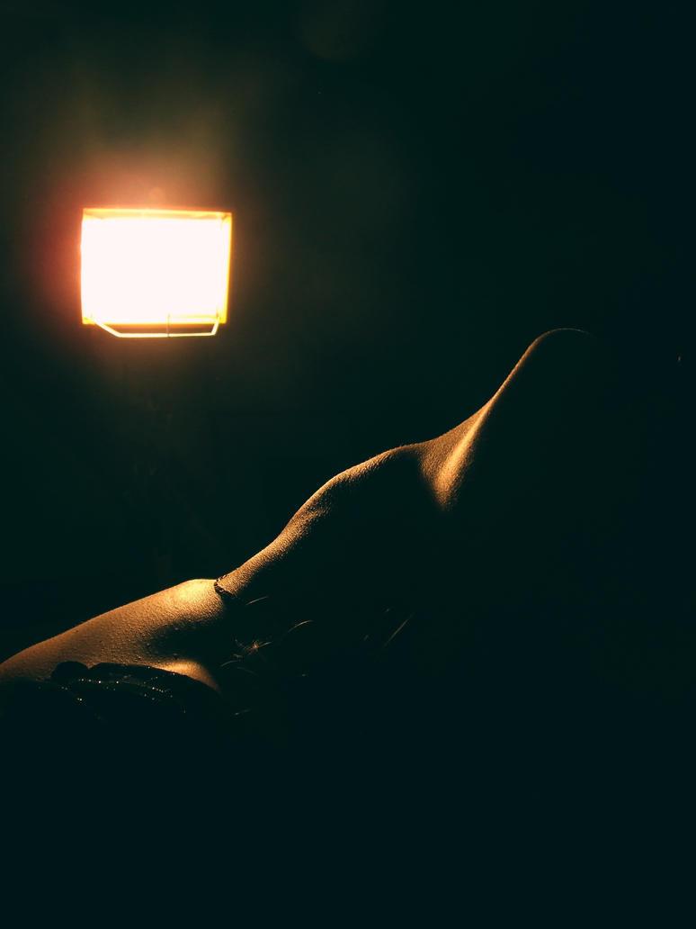 Light II by H0llyShit