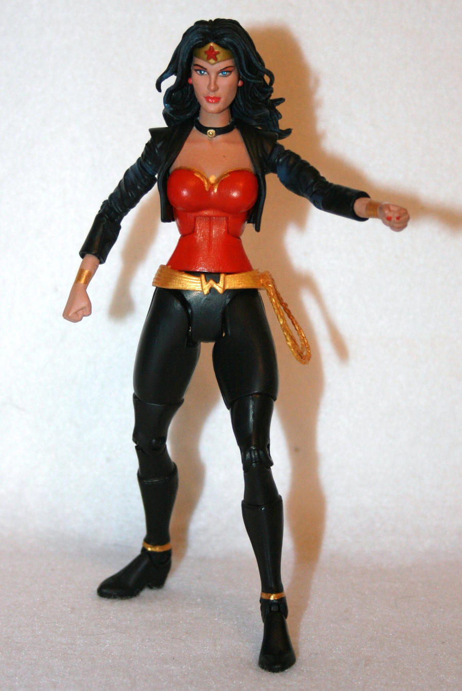 Wonder Woman New Costume Fig by erikrosario1 on DeviantArt