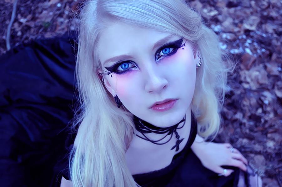 Fantasy makeup by LB-digital