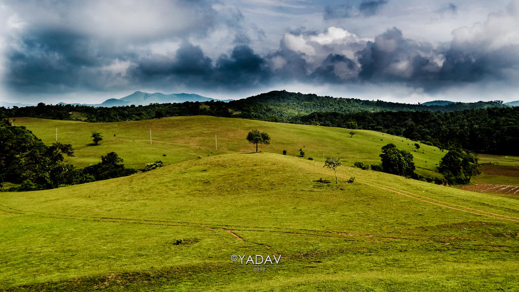 A Cloudy Day 1920x1080 by YadavThyagaraj