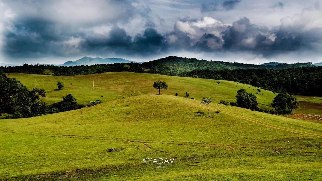 A Cloudy Day 1920x1080 by YadavThyagaraj