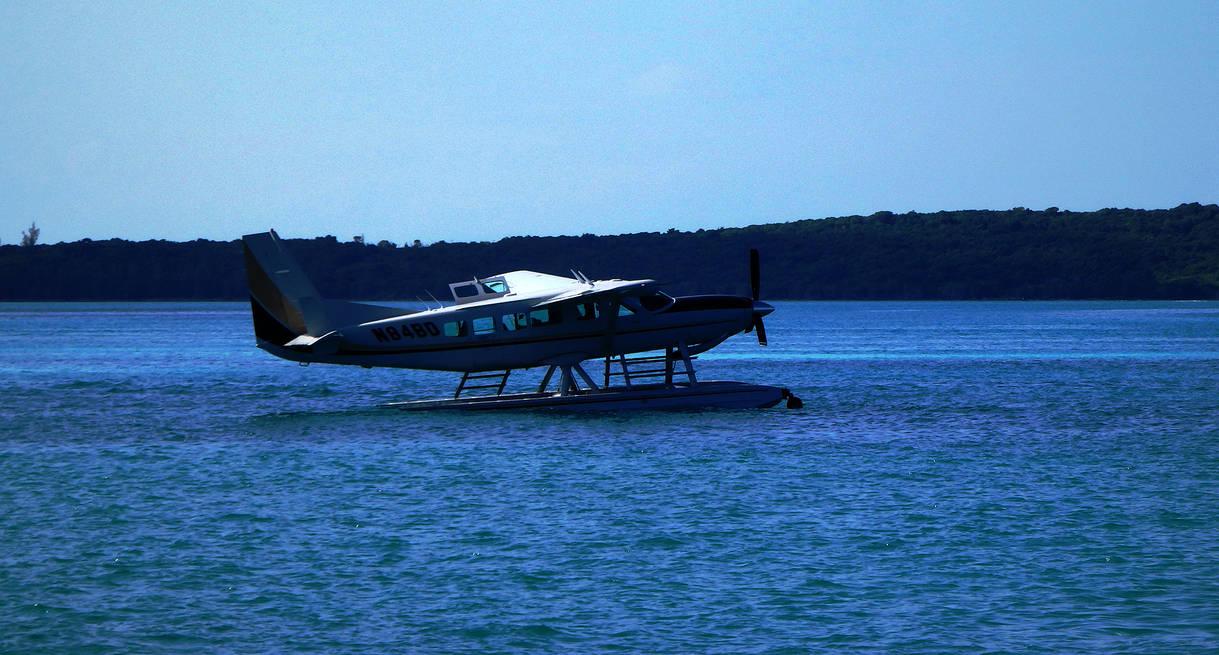Fly The Bahamas