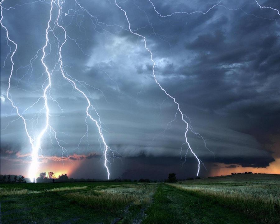 Lightening Storm Background by mysticmorning