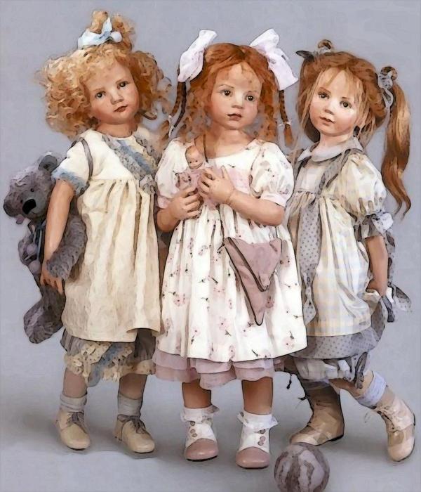 3Little Girls