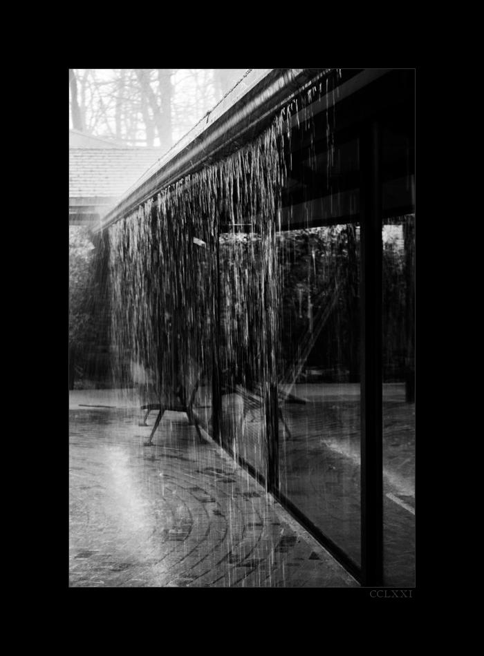 Curtain by LeTatou