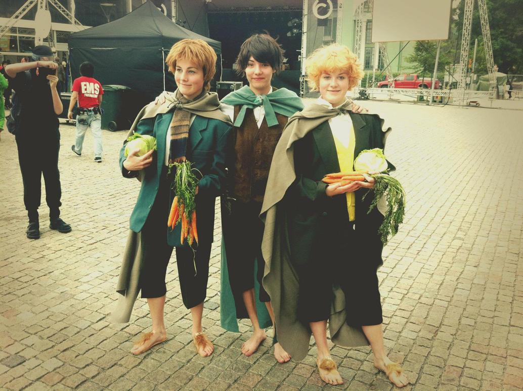 Hobbitses by nicodiver