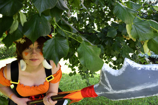 Nidalee in the bushes