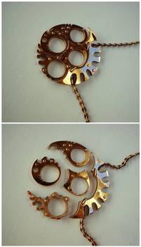 Abyssal Light Gap - four rings Medallion