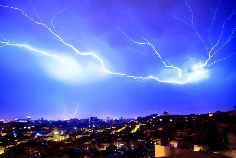 Stormy night by jfurens