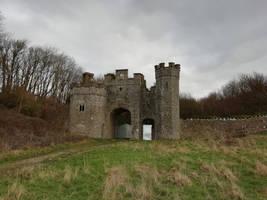 Old Castle Gates by AJthegiraffe