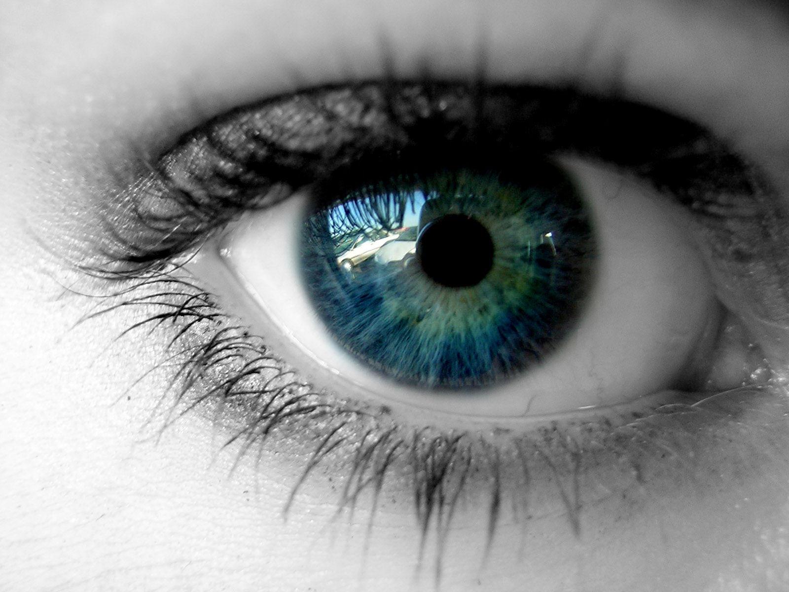 Eye by BaisteachCeilteach