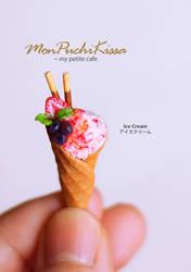 Ice Cream by monpuchikissa