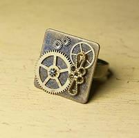 Steampunk ring by skuggsida