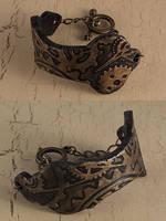 Steampunk bracelet by skuggsida