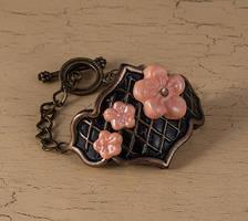 Flower bracelet by skuggsida