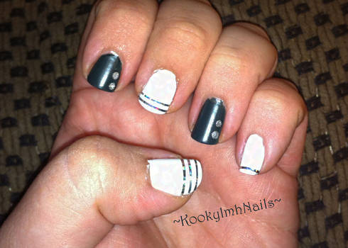 Matted Green and White Nails