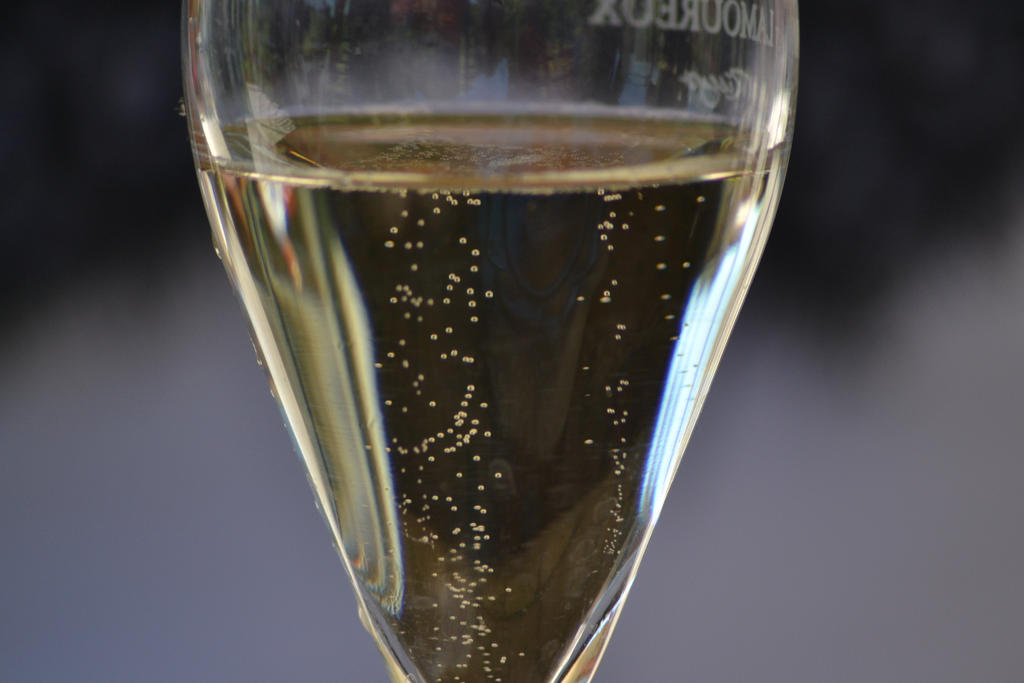 Champagne by Mariestel