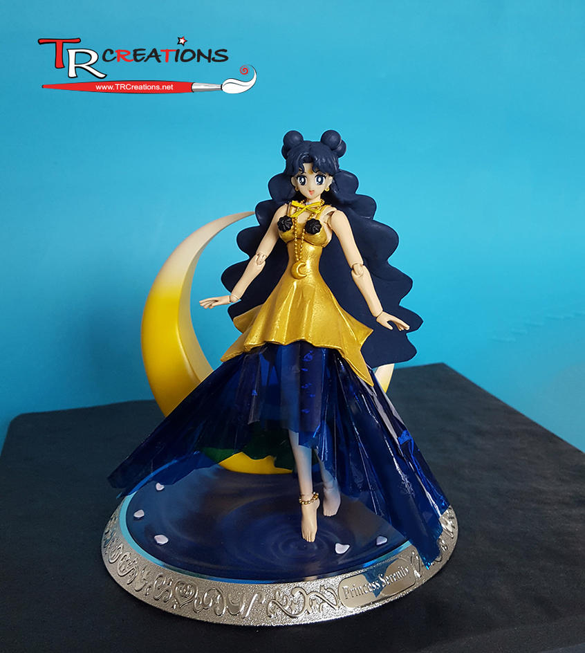 Sailor Moon S. H. Figuarts -  Human Luna :D by zelu1984
