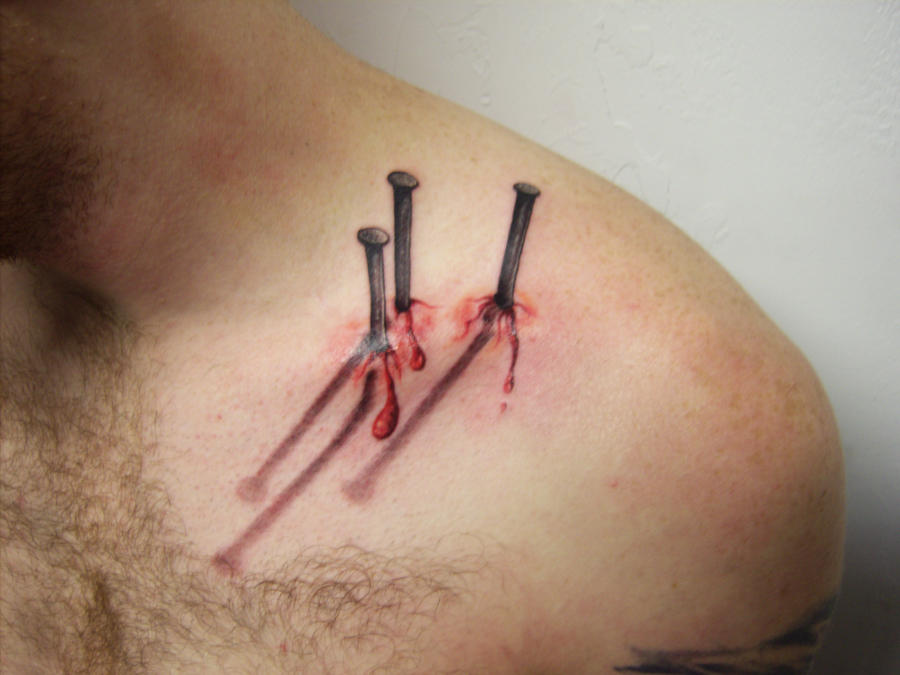 Realistic nails tattoo