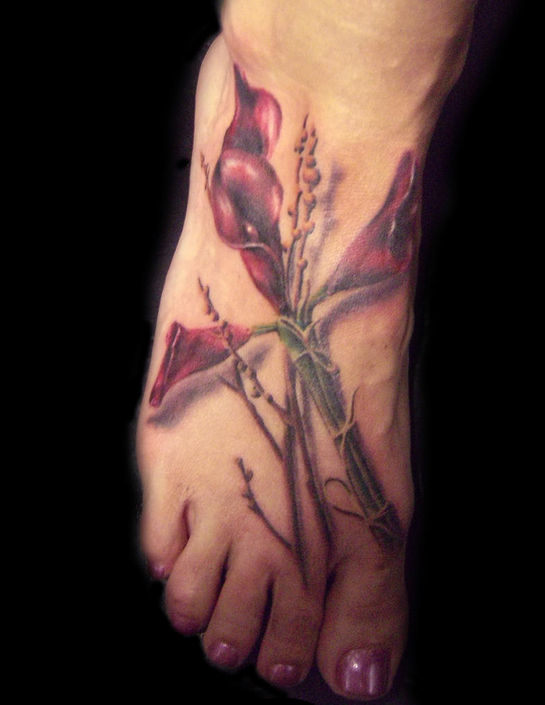 calla lilies cross tattoo by hatefulss on deviantart rh hatefulss deviantart com calla lily tattoos for women calla lily tattoos pictures
