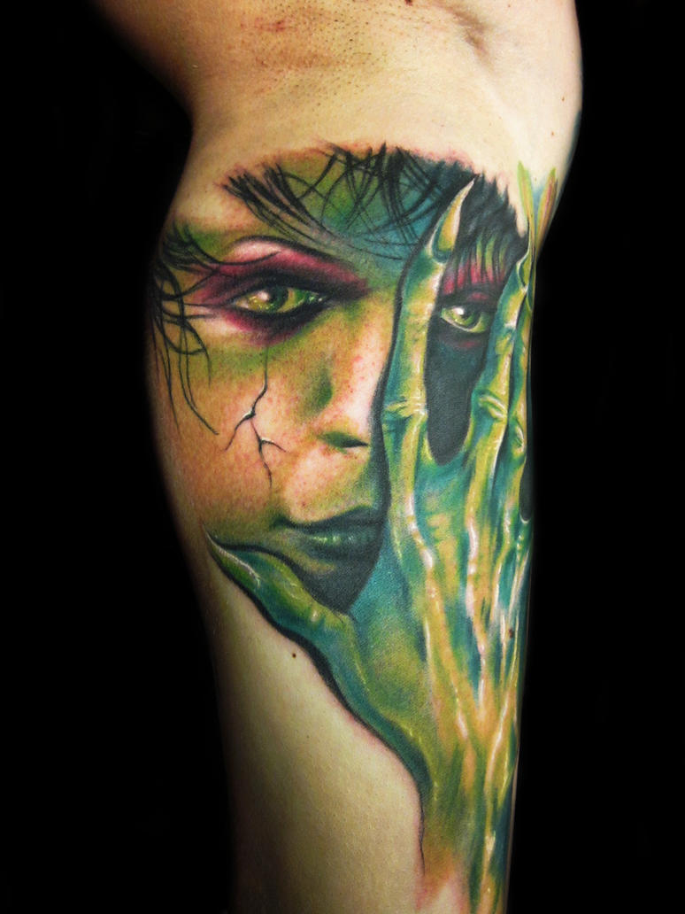 Green girl by hatefulss on deviantart for Zombie tattoo machine