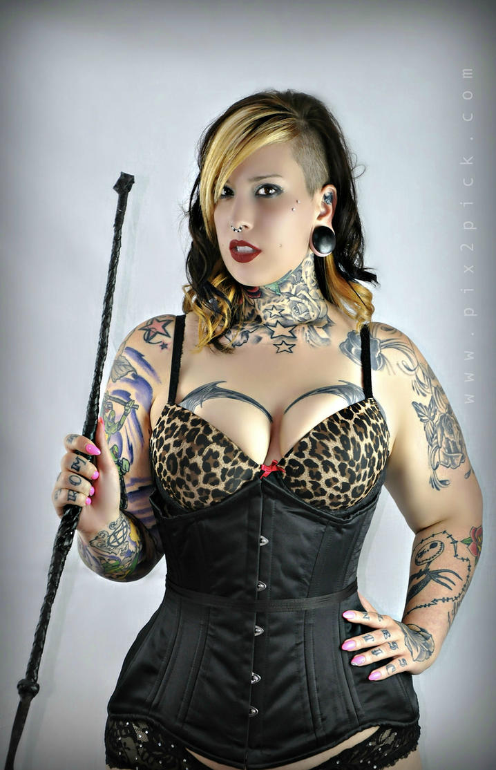 Mistress lilith sexy picture