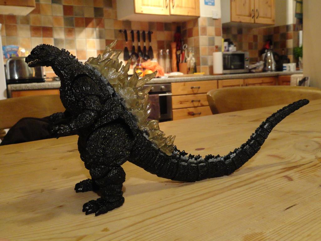 Custom Figure: Godzilla Q (2/6) by GIGAN05