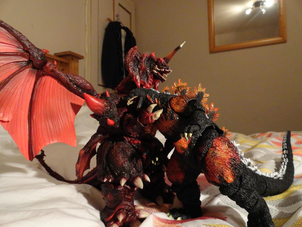 S.H Monsterarts Destoroyah ( Final Form - 7/10 ) by GIGAN05 on ...